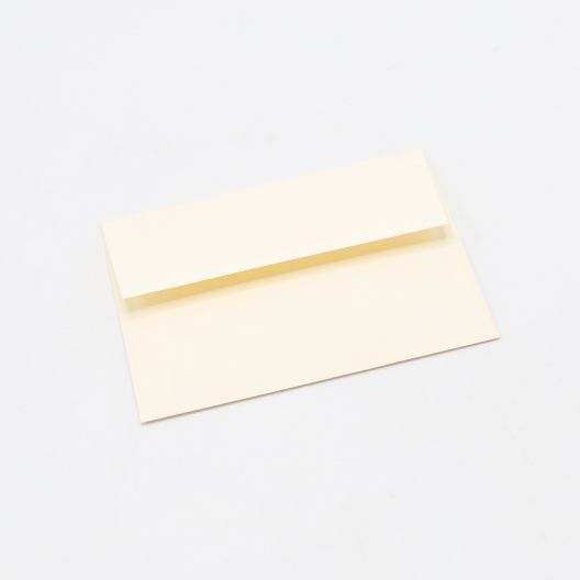 Classic Crest Envelope Cream A-6[4-3/4x6-1/2] 250/box