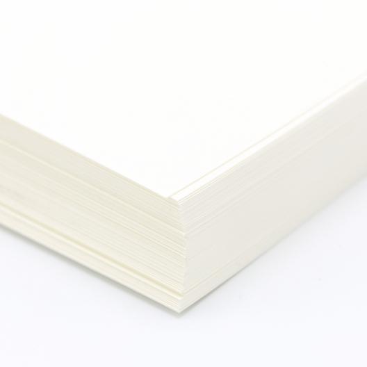 Classic Linen Text 80lb Natural White 8-1/2x14 500/pkg