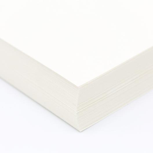 Classic Linen Cover 80lb Natural Pearl 8-1/2x14 125/pkg