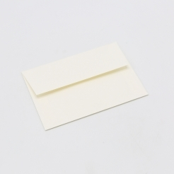 CLOSEOUTS Mohawk Via Warm White A-7 Envelope 250/box